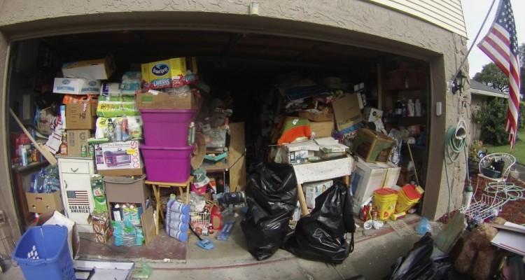 garage-junk-hoarding-copy-1024x5581-750x400